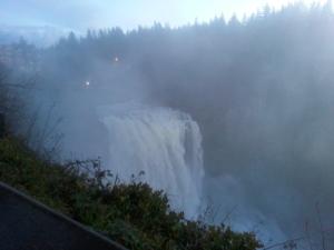 z_06_Waterfall
